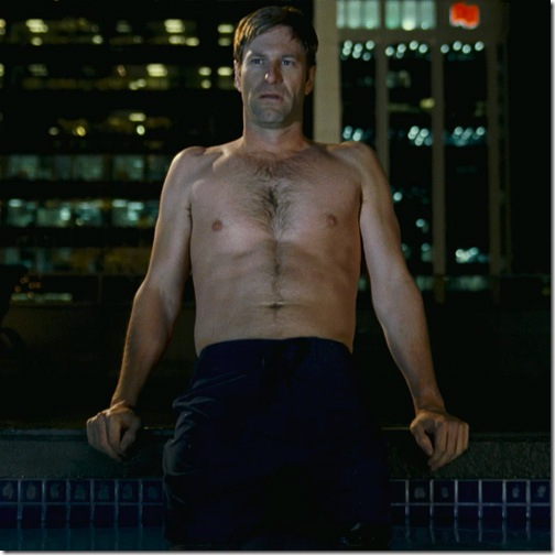 aaron_eckhart_shirtless
