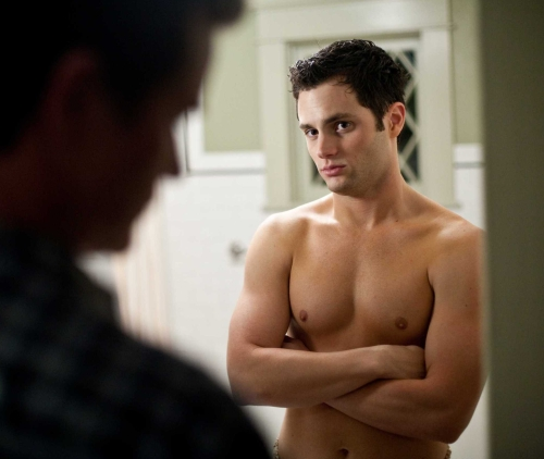 penn-badgley-shirtless-stepfather